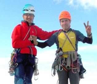 Amb en Joaquim Gil, dalt del Naranjo de Bulnes, l'any 2014