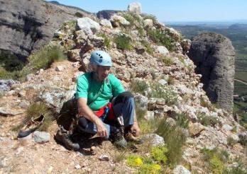 En Remi, al cim, treient-se els peus de gat