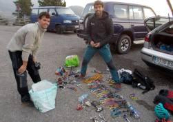 Preparant el material — amb Octavi Puntas Garcia i Xavi Batriu.