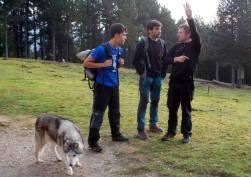 Parlant amb el Jordi Gallardo (Punky), guarda del refugi Lluís Estasen, sobre les vies del sector
