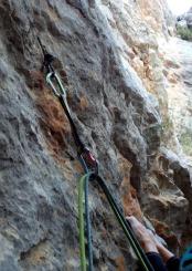 1er, Llarg. Detall del pont de roca que marca el començament